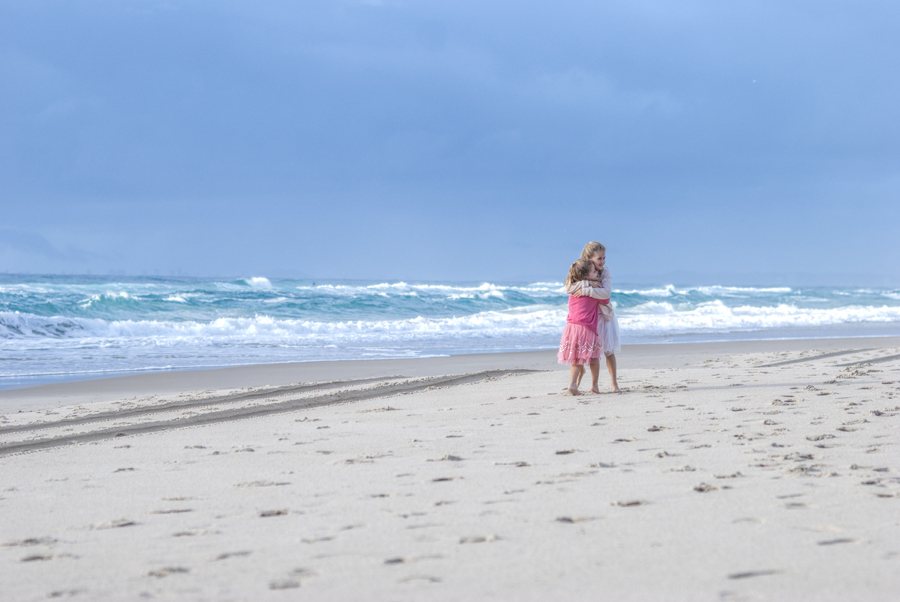 Family photo session on a Gold Coast Beach